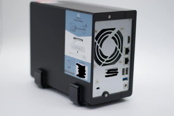 Sharkmount 205 mit QNAP 251+