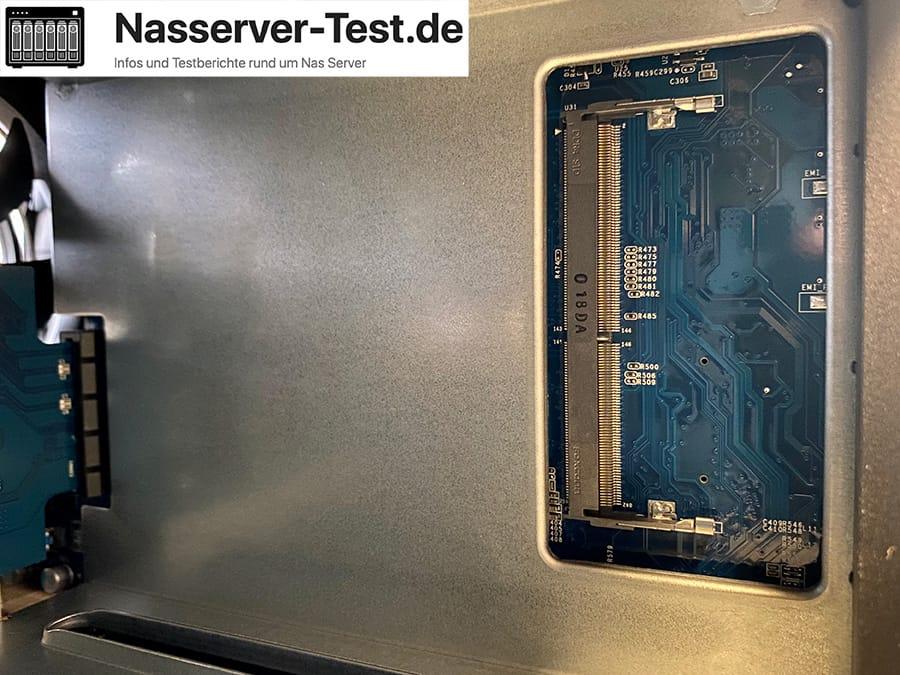 DS420+ RAM