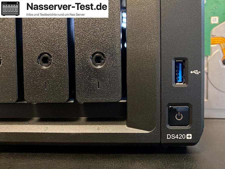 Synology DS420+ USB