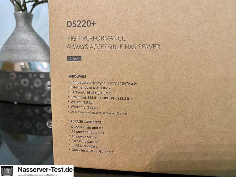 DS220+ unboxing